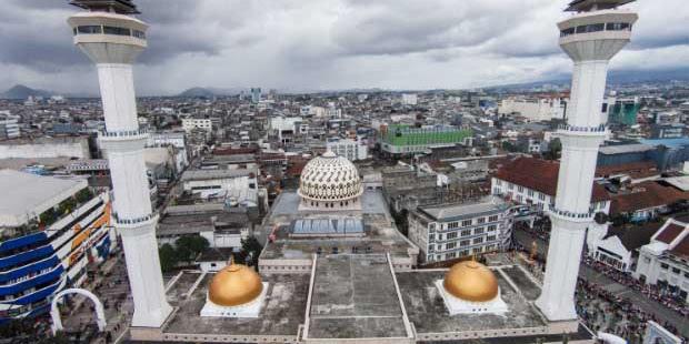 Polisi Buru Penyebar Kabar Menara Masjid Roboh