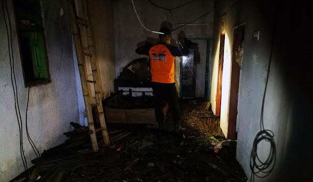 Beginilah kondisi rumah Nur Aini setelah kebakaran
