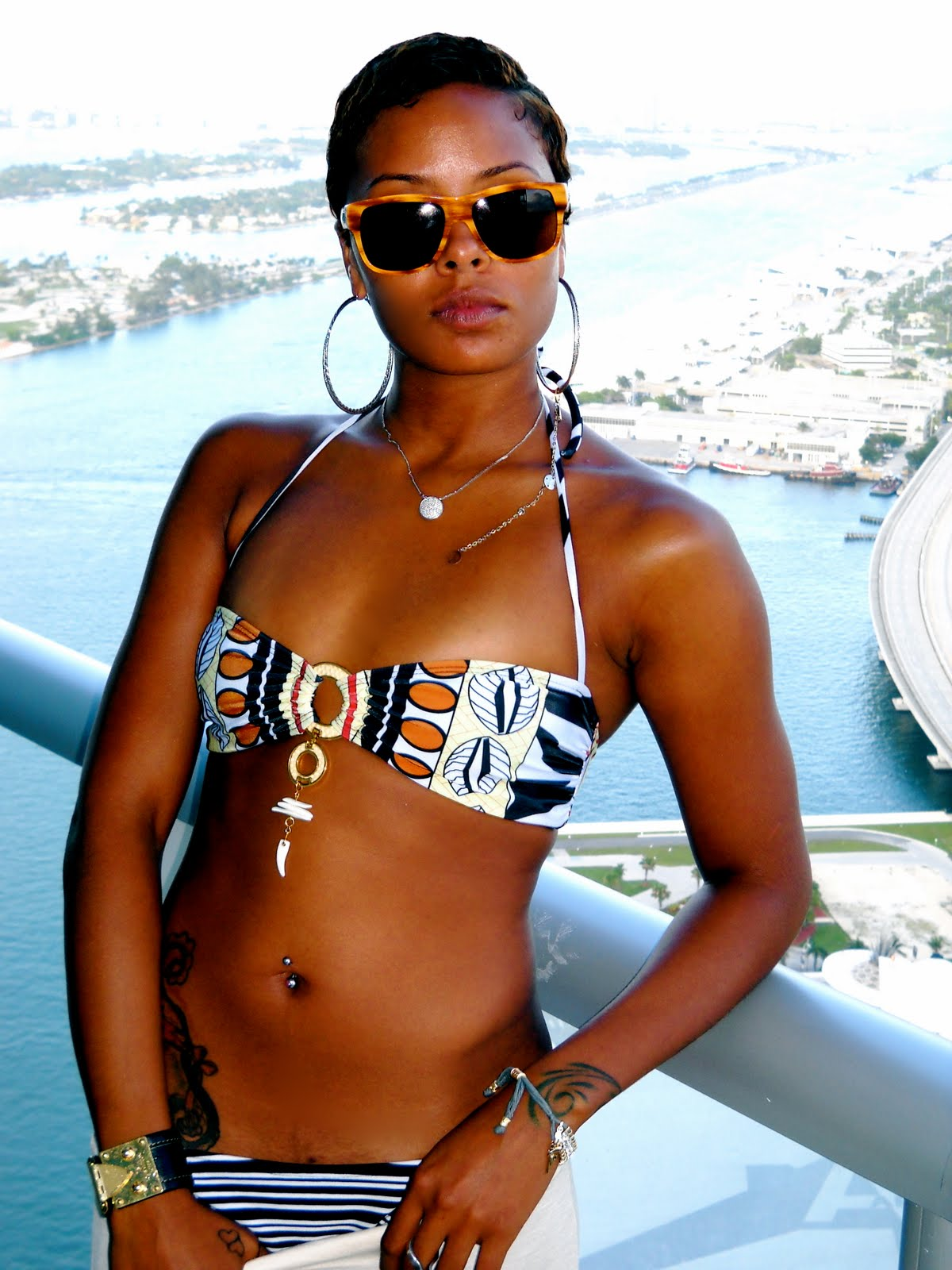 Bikini Eva Marcille nude (41 photos), Cleavage