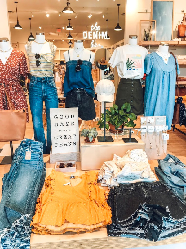 madewell, style on a budget, mom style, summer style, what to buy for summer, north carolina blogger