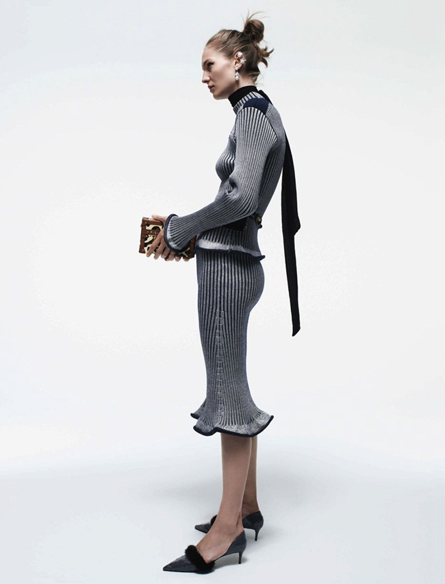Louis Vuitton 2015 AW Wool Top with Cutout and Matching Skirt Editorials