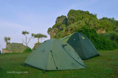 camping di Watu Bolong