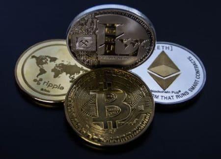 العملات الرقمية والأحداث العالمية