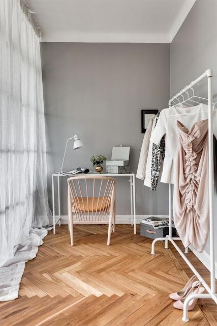 http://www.vintageandchicblog.com/2016/06/decoracion-nordica-piso-69-m2-en-tonos-gris-y-blanco.html