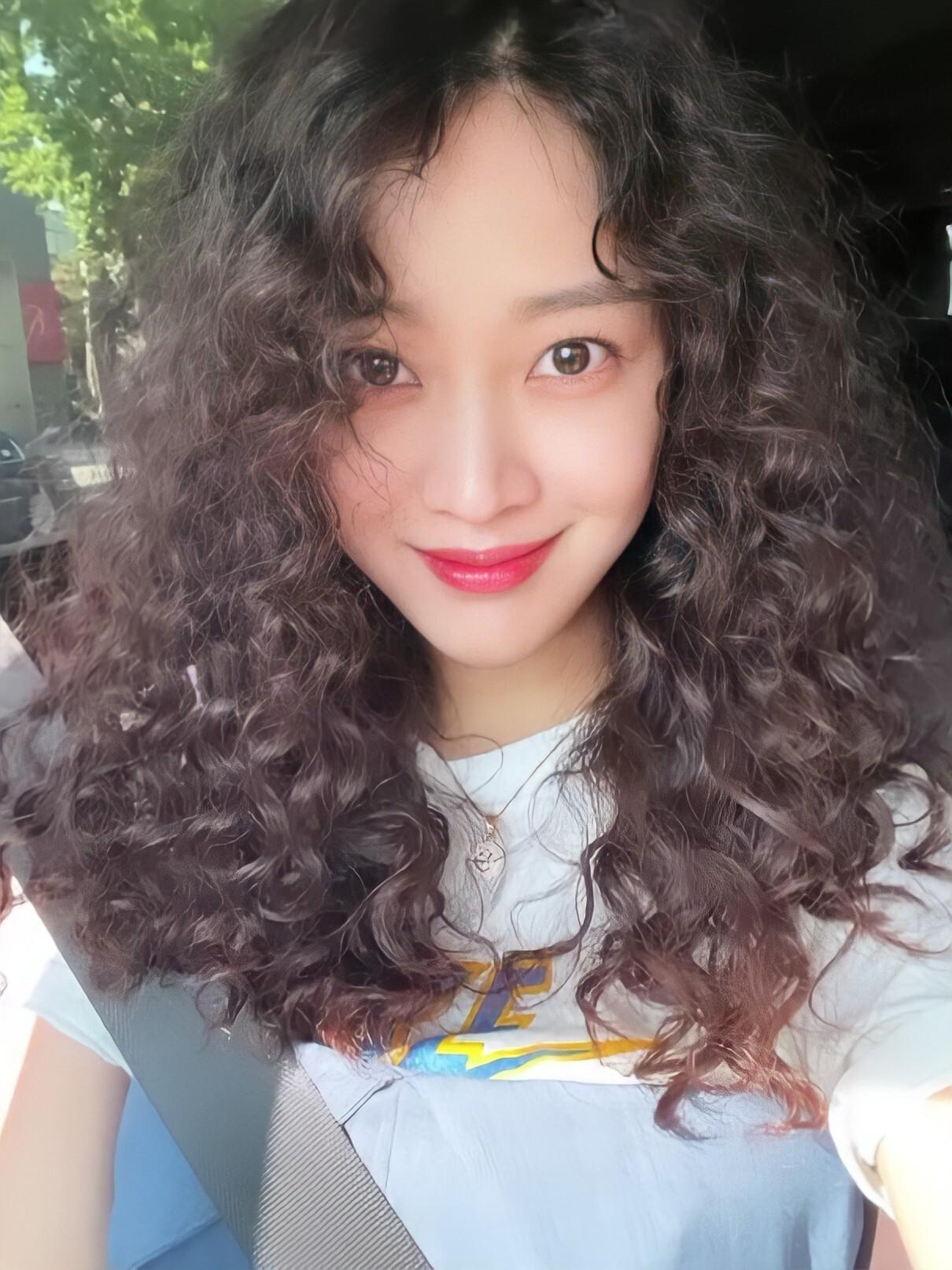 뽀글머리 조보아 - 꾸르