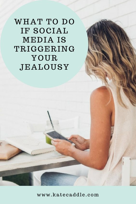 Make him want you: How to make him jealous on social media