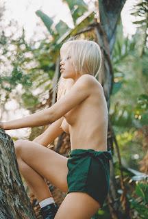 顽皮的女孩 - Diana-Islaeva-by-Jacopo-Lancioni-1.jpg