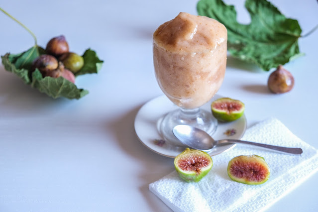 Granita siciliana ai fichi bianchi, ricetta senza gelatiera