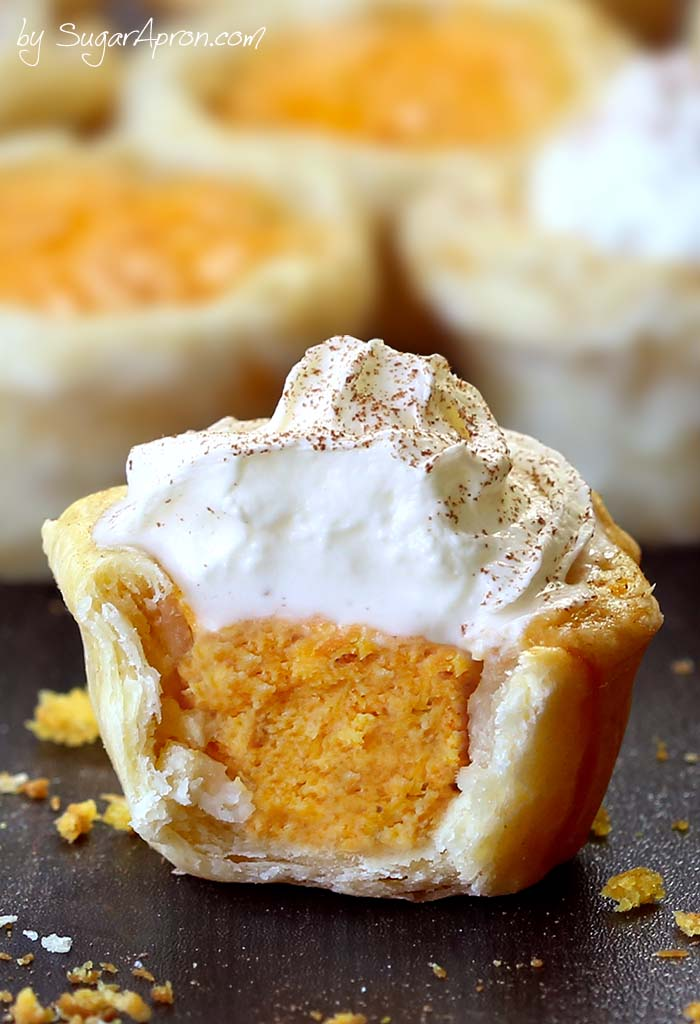 Easy Pumpkin Pie Bites #desserts #bites #bars #cakes #easy