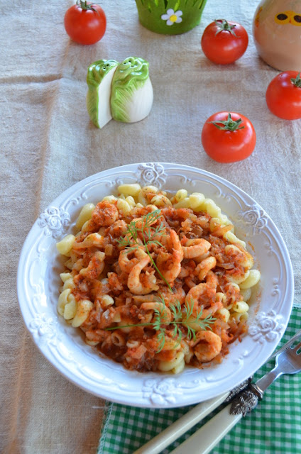 Shrimp Tomato Garlic Pasta recipe