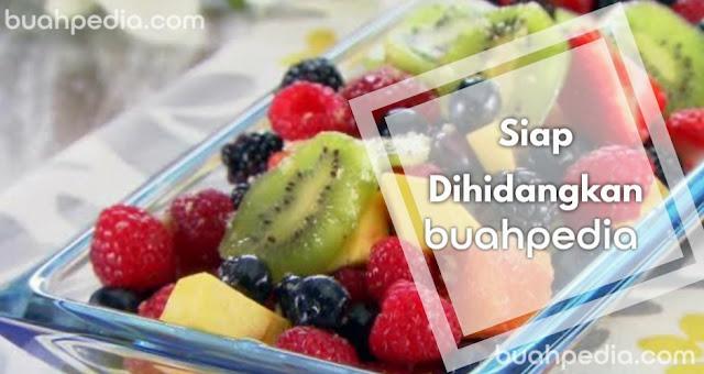 salad buah pelangi