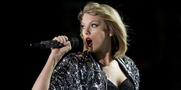 Taylor Swift Just Broke Her Social Media Silence