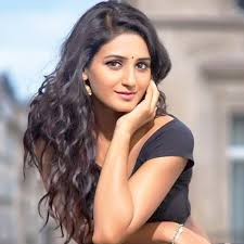 Shakti Mohan, Biography, Profile, Age, Biodata, Family, Husband, Son, Daughter, Father, Mother, Children, Marriage Photos.
