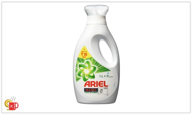 Ariel Matic liquid detergent bottle of 1 litre for front and top-loading washing machines.