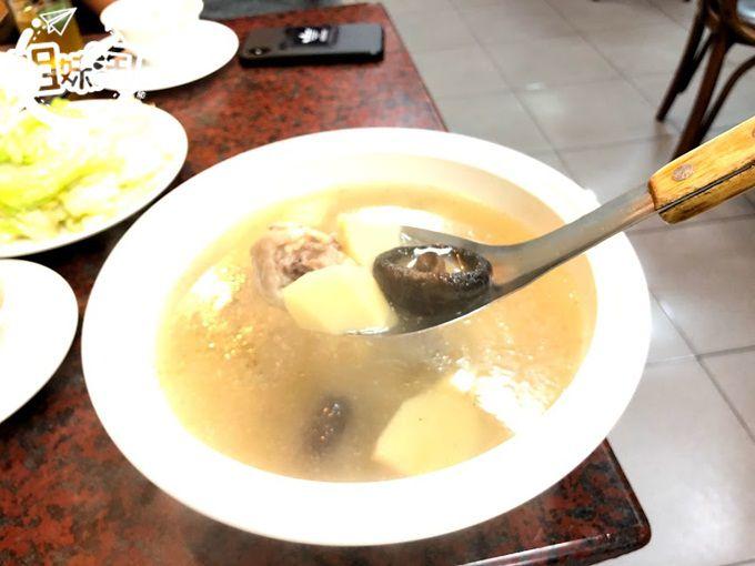 苓雅區中式料理推薦雲來坊家鄉小館