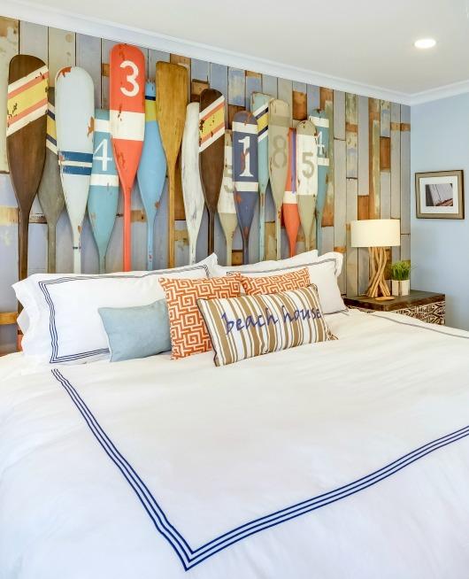 10 Beach House Decor Ideas: 4 Striking Coastal Bedroom Ideas