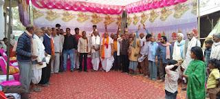 मनाया गया शनिदेव मंदिर का स्थापना दिवस,गरीबों को बांटे कंबल