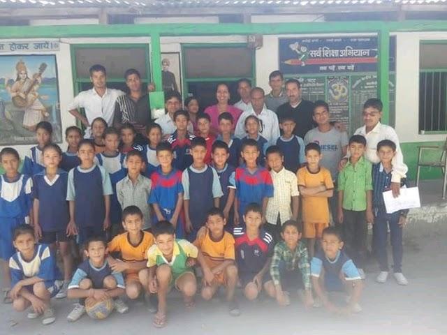 Breaking news: इन शर्तों पर सोमवार से 10वीं, 12वीं की नियमित कक्षाएं लगेंगी देखें.school reopen in himachal pradesh कल से प्रदेश में 10वीं, 12वीं की नियमित कक्षाएं लगेंगी.