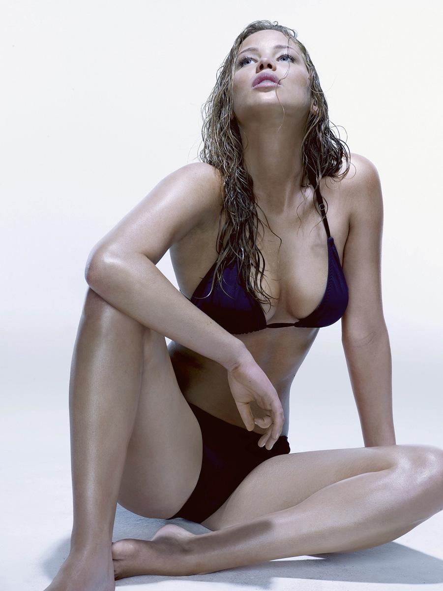 Nude Celebrity Women Pics