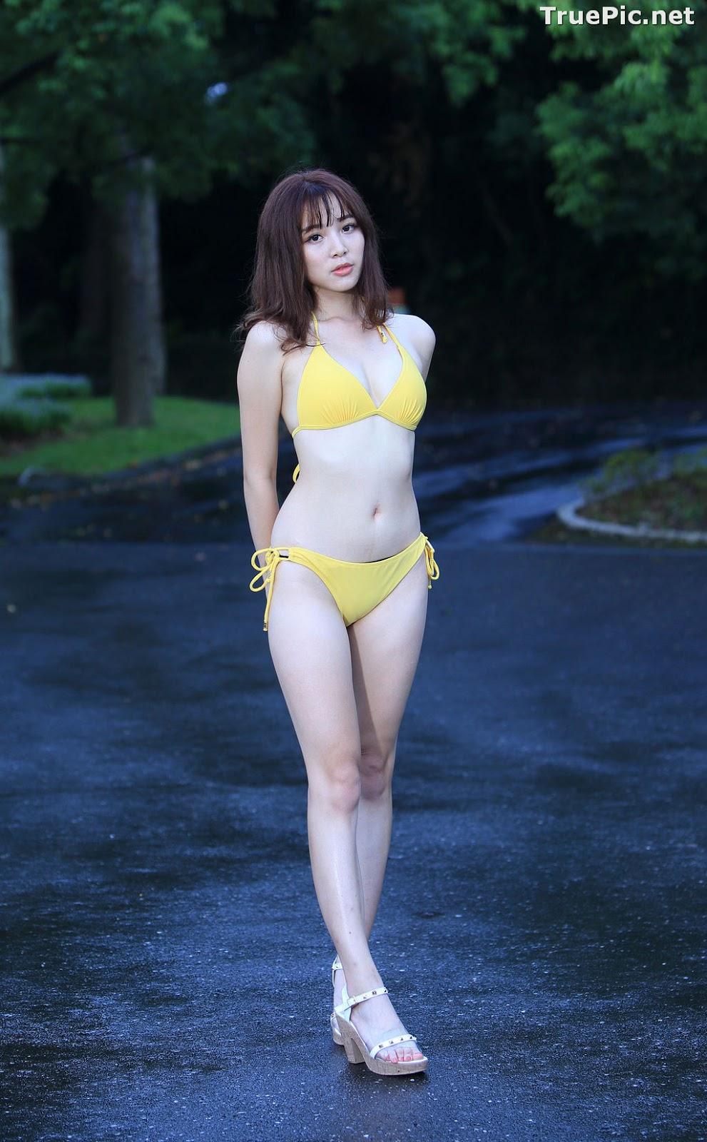 Image Taiwanese Model - Ash Ley - Yellow Bikini at Taipei Water Museum - TruePic.net - Picture-9