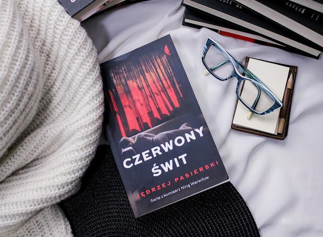 """""""Czerwony świt"""" Jędrzej Pasierski - recenzja przedpremierowa"""