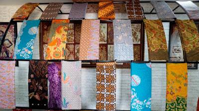 Bila Berkunjung Ke Cirebon, Jangan Lupa Batik Trusmi, Ya