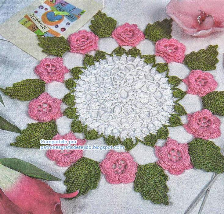 Carpeta con rosas y hojas al crochet | Crochet y Dos agujas ...