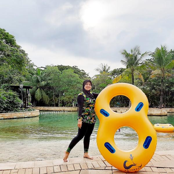 Sensasi Bermain Wahana Air di Waterbom Pantai Indah Kapuk