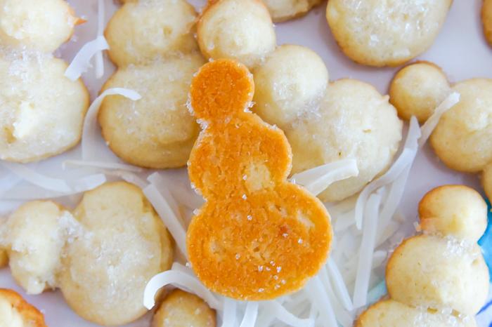 snowman coconut spritz cookies