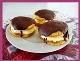http://diebackprinzessin.blogspot.co.at/2014/02/bananenschnitten-whoopie-pies.html