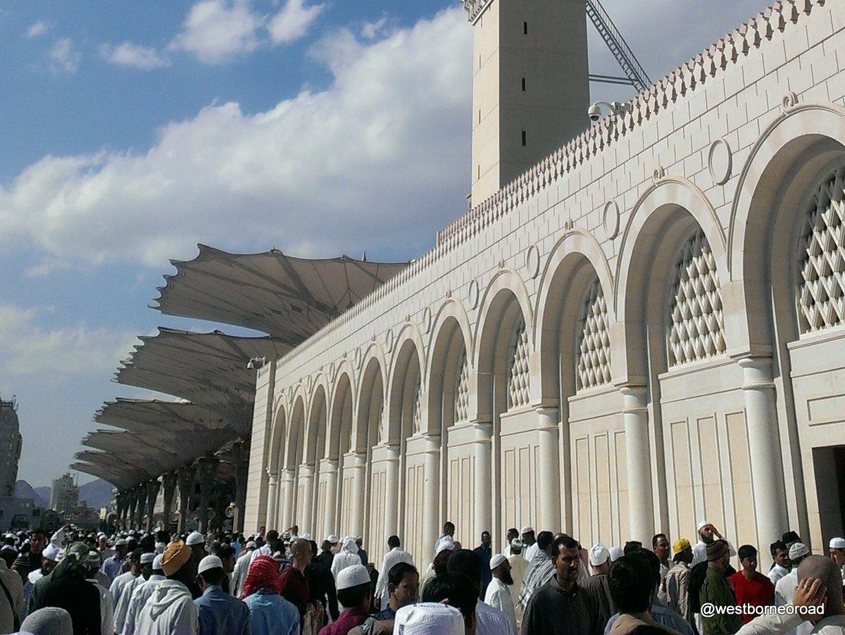 Sholat Jumat Di Masjid Nabawi Madinah Dan Masjidil Haram