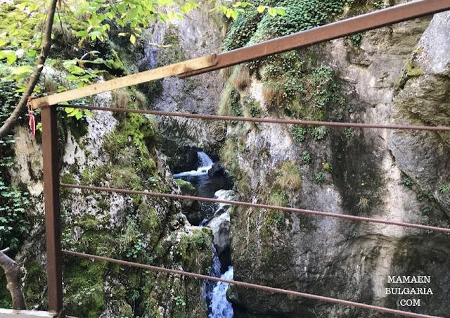 rio Trigrad cueva Garganta del Diablo Bulgaria