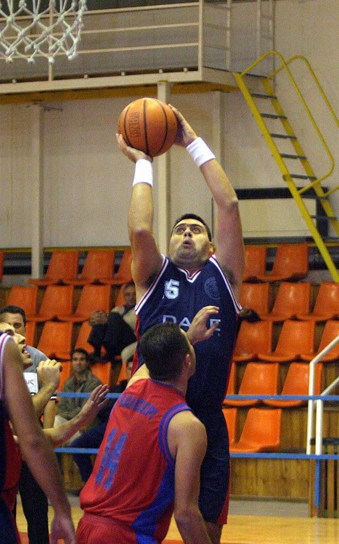 Ρετρό: Φωτορεπορτάζ από τον αγώνα ΣΑΕ Αστέρια-Μέγας Αλέξανδρος Καλοχωρίου για τη Β΄ ΕΚΑΣΘ ανδρών την περίοδο 2003-2004
