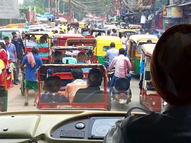 Delhi traffic and bus driver