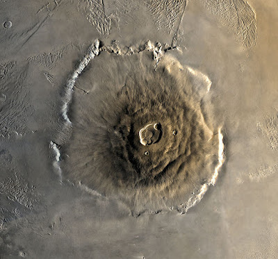 Tallest-planetary-mountain-in-the-Solar-System-olympus-mons-of-mars
