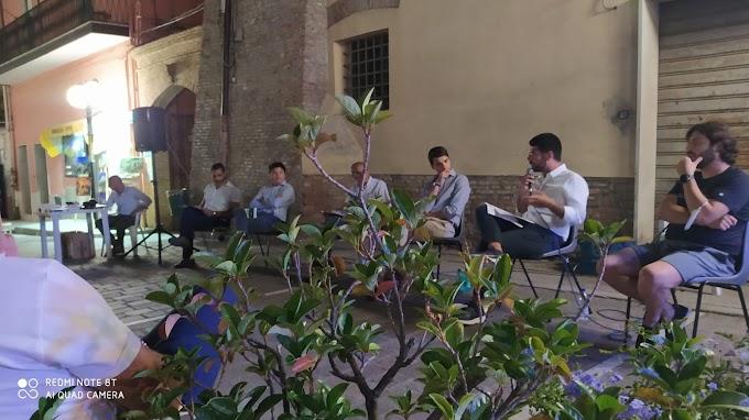"""Il Circolo Culturale """"L'Arco"""" ha presentato due libri a Montalbano Jonico (MT)"""
