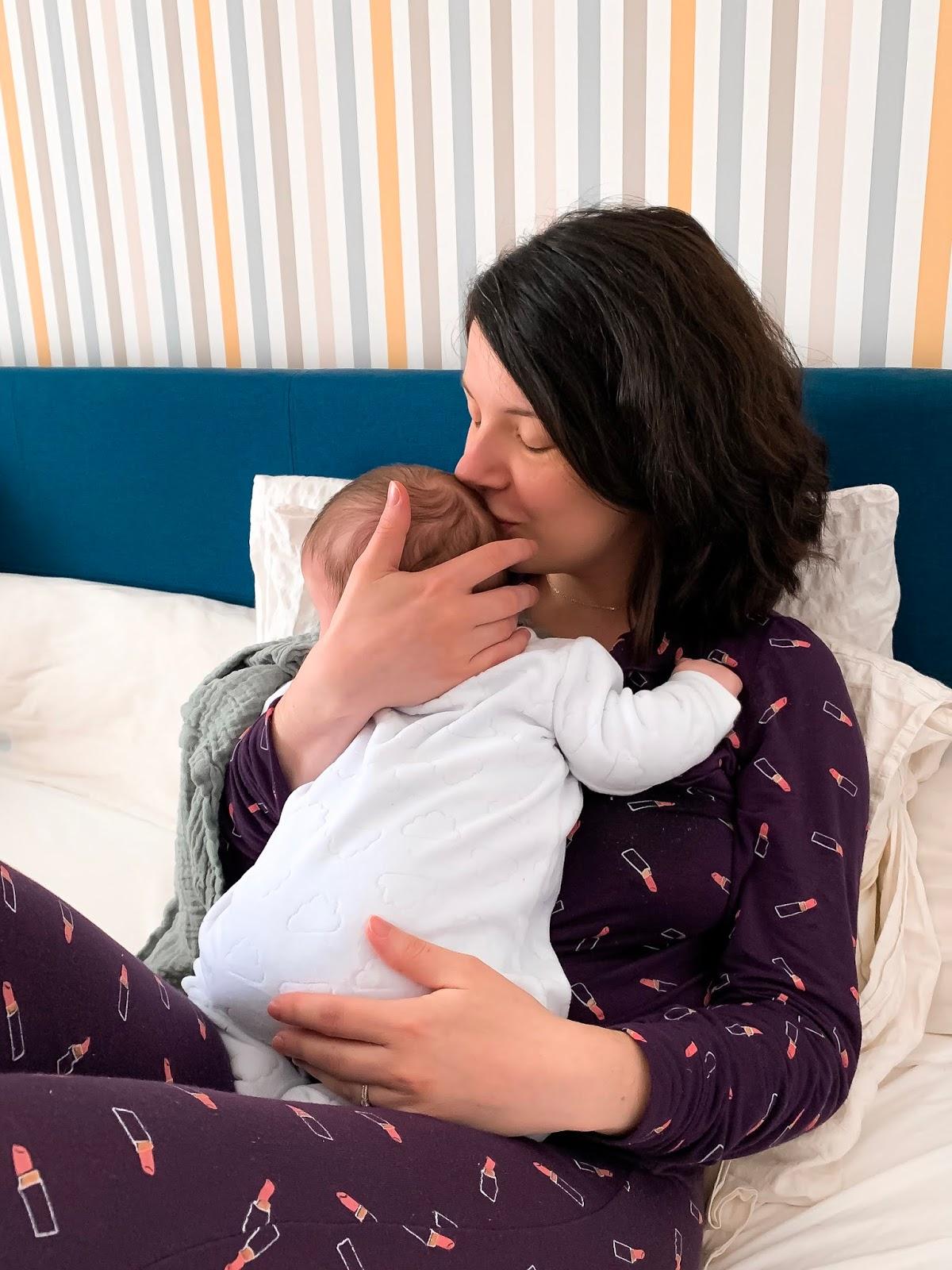 allaitement exclusif maternage experience césarienne sevrage normalizebreastfeeding quotidien quantité reflexe d'éjection fort leache league vêtement d'allaitement allaiter partout