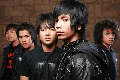 Download Kumpulan Lagu D'Masiv Lengkap Full Album