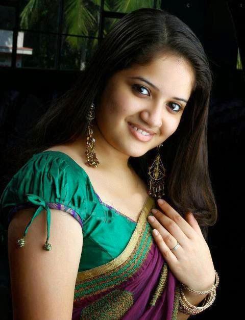 Tamil Saree Aunties Girls - Beauty Tamil Nadu Aunties, Girls