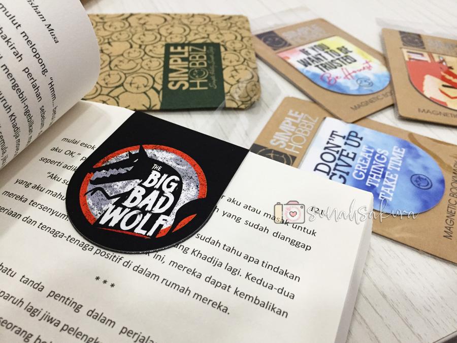 The Big Bad Wolf Books Fridge Magnet Bookmark