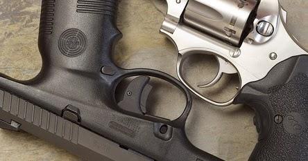 Torrent le pistolet nu