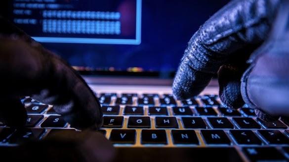 Seputar Hacking -  Peretas membypass Gmail & Yahoo 2FA untuk menargetkan pejabat AS