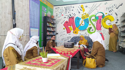 Giat dalam Literasi, Perpustakaan Bukit Surungan Dinilai Tim Provinsi Sumbar