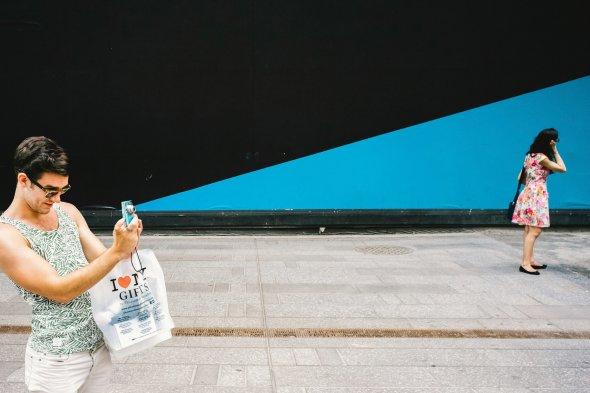 Jonathan Higbee arte fotografia coincidências na cidade ilusões ótica surreal divertido