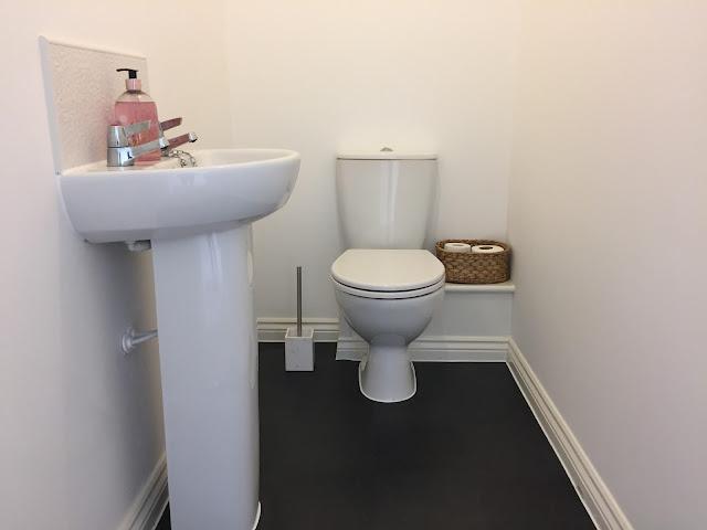 Bathroom Tour ~ Toilet, Main Bathroom & En suite!