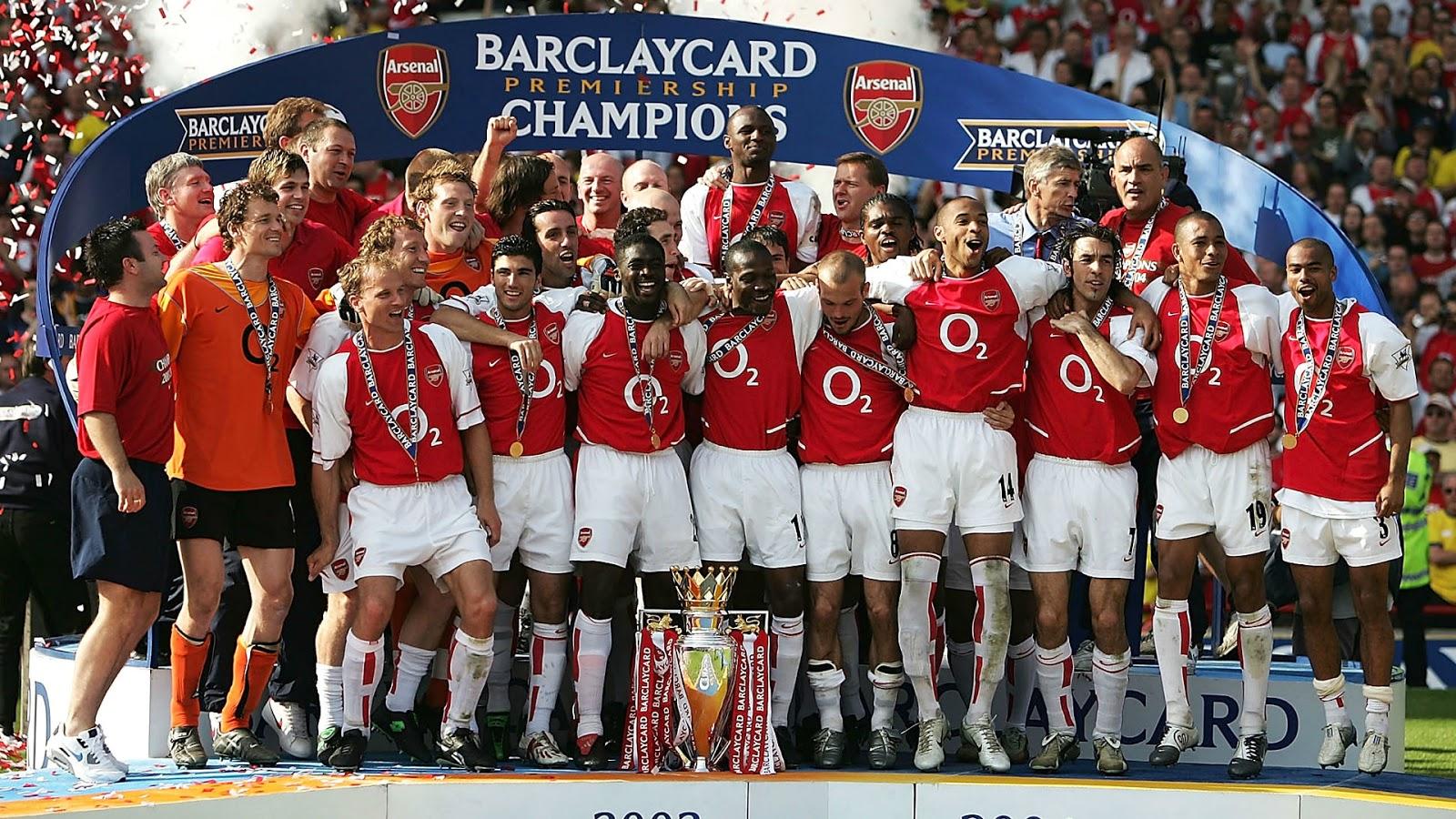 the invincibles arsenal premier league champions squad 2003/04