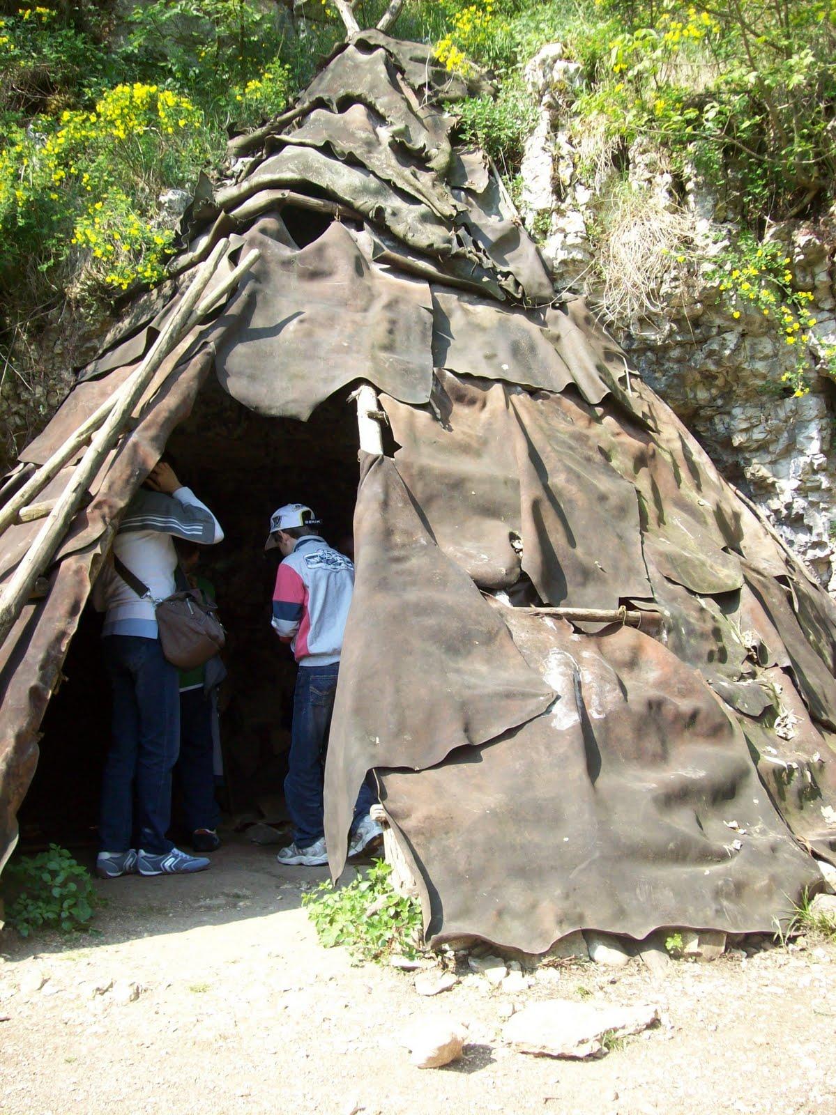 Quelli delle terze nel mondo della preistoria for Tipi di abitazione