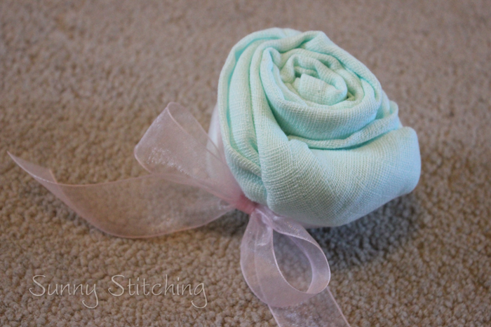 how to make rose with velvet cloth