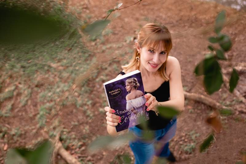 A autora Katherine L Leighton, que lançou recentemente o DORAMA Um Coreano em Minha Vida explica que os novos romances têm mais do que juras de amor, mas trazem também cada vez mais fantasia e um toque de realismo mágico. É a mistura de outros gêneros dentro do preferido das brasileiras.