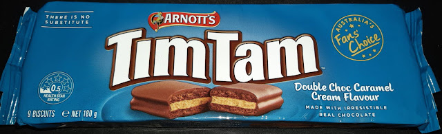 買って来たダブルチョコキャラメルクリーム味 TimTam